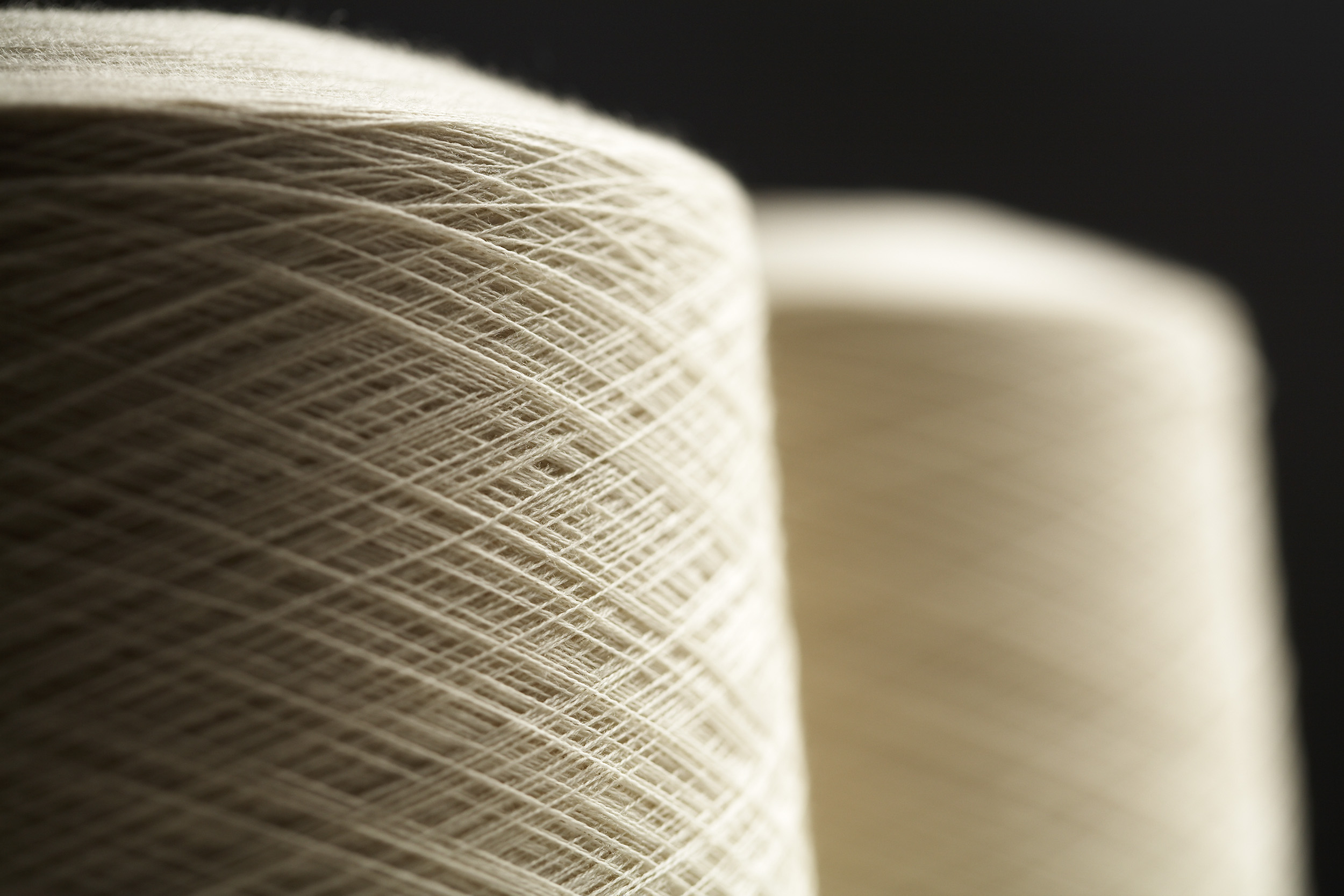 Skeins of yarn. Paul Scott Photography, industry.